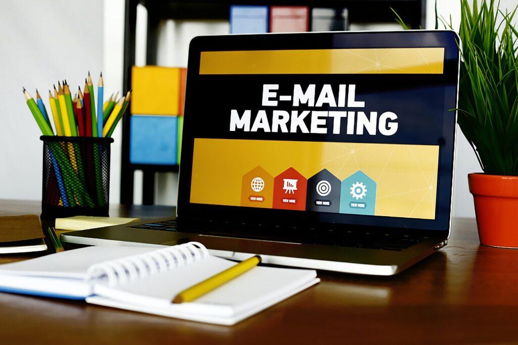 Suagr Sell, Professional ed Enterprise hanno al loro interno un modulo per effettuare campagne di email marketing